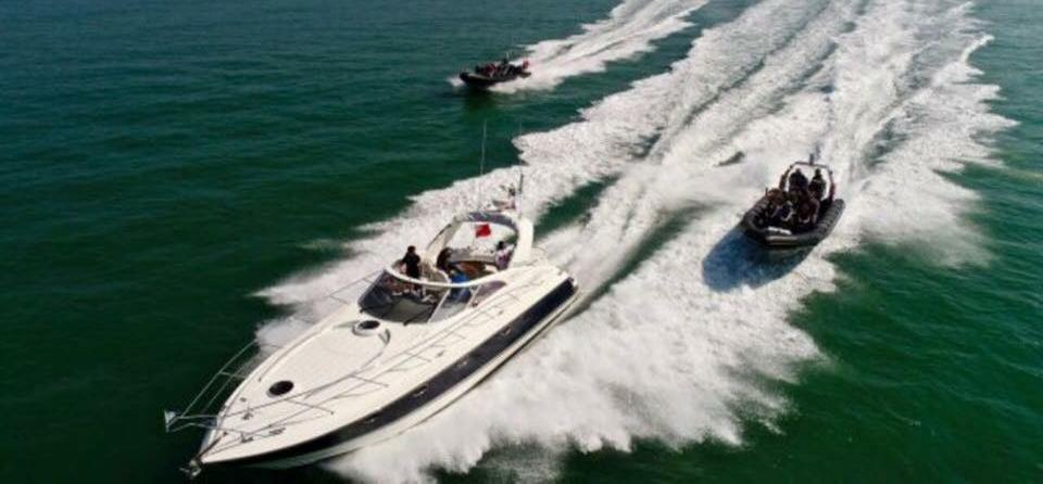 60 Minute Luxury Cruiser Experience in Southampton-4
