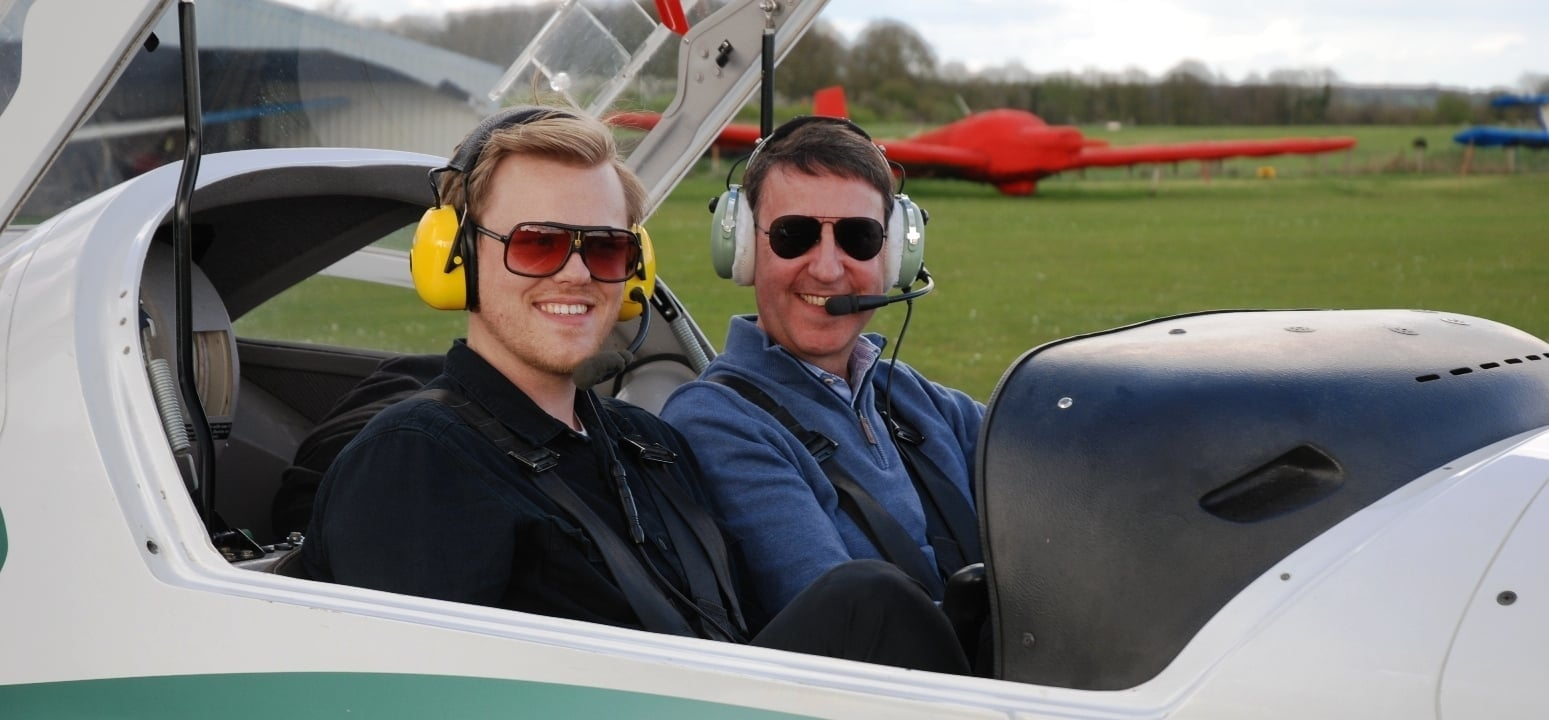 One Hour Motor Glider Trial Flight in Oxfordshire-2