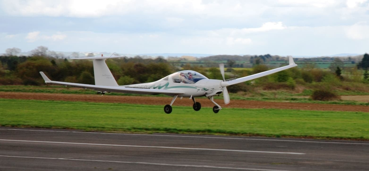 One Hour Motor Glider Trial Flight in Oxfordshire-9