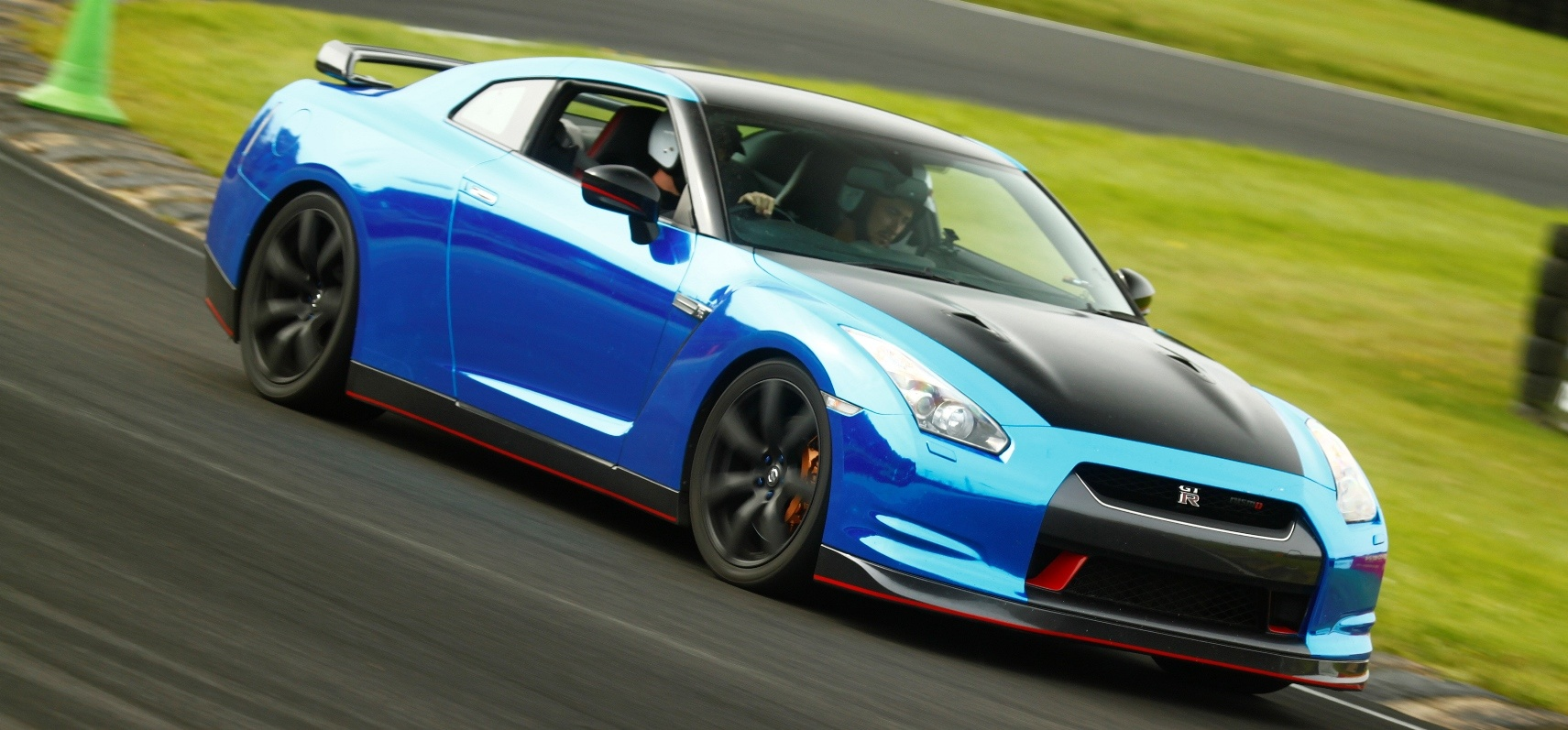 Nissan Gt R Drive A At Various Locations Experience Days Nismo Driving 6 Favorite
