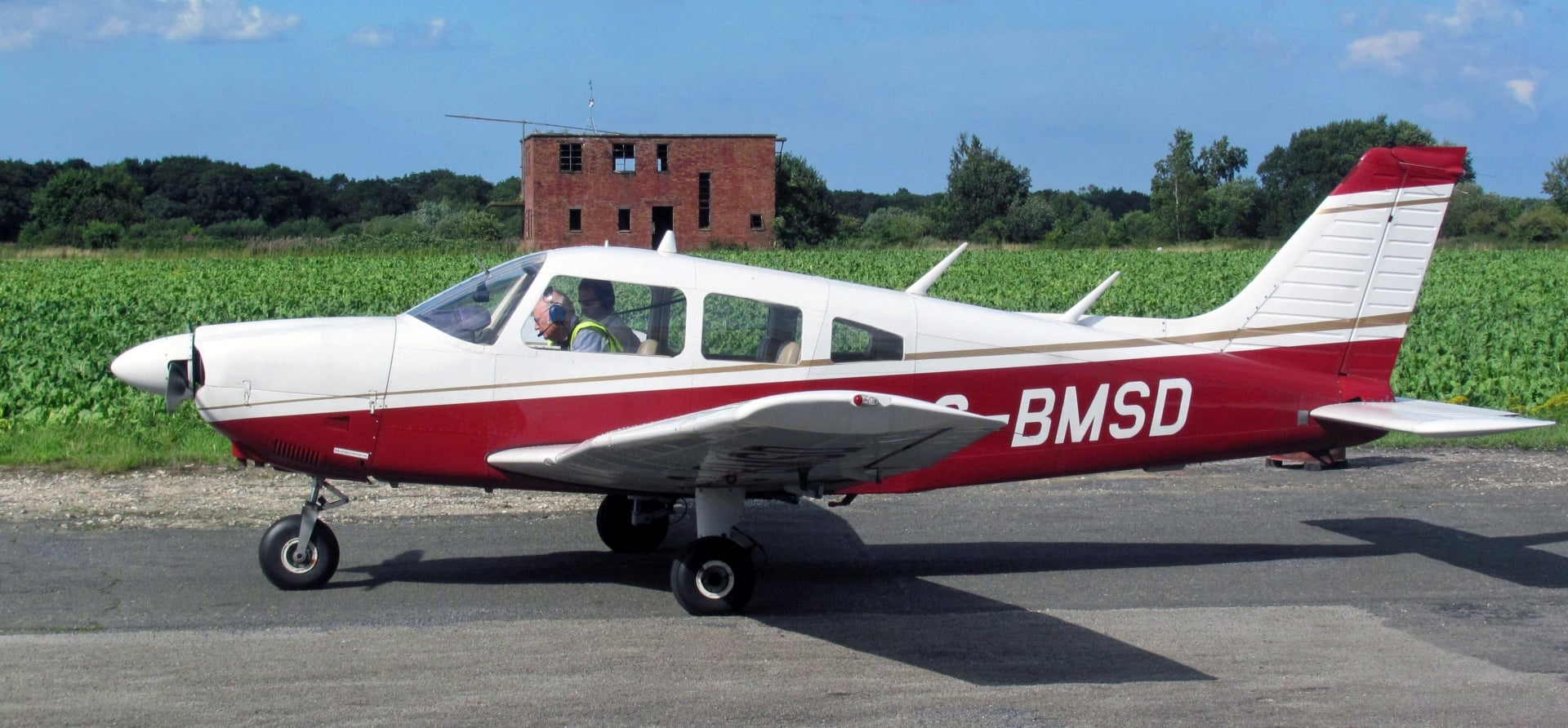 45 Minute PA28 Flight Lesson in Norwich-2