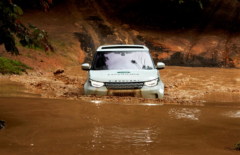 Off-Road-1-Hour-Landrover-Driving-Experience-in-Leicestershire.jpg