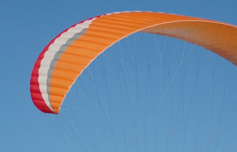 Paragliding-experience-in-derbyshire.JPG