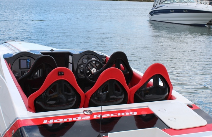 Powerboating Private Hire Special Birthday Gift One To With Skipper