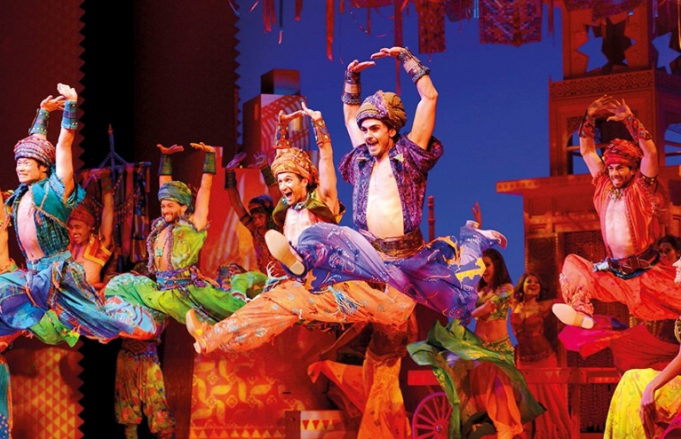 Premier-theatre-show-and-dinner-in-London-Aladdin.jpg