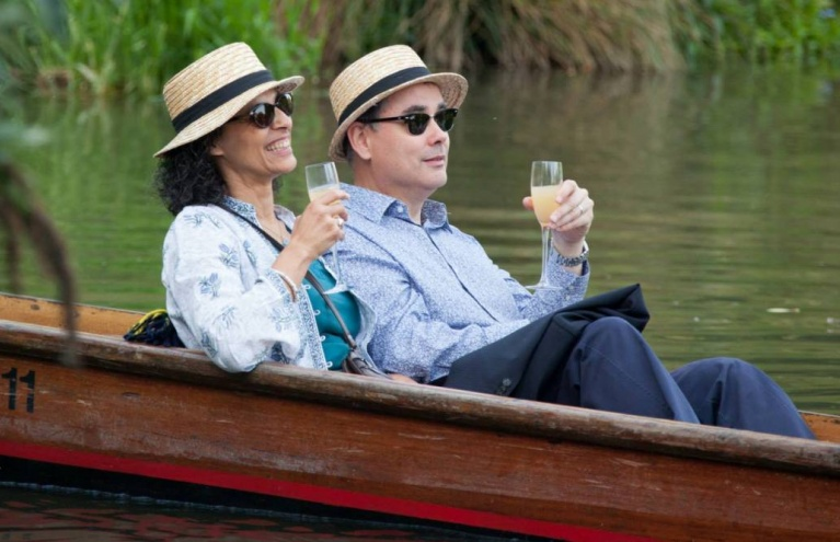 Private Punting Tour in Cambridge For Twelve Gift.jpg