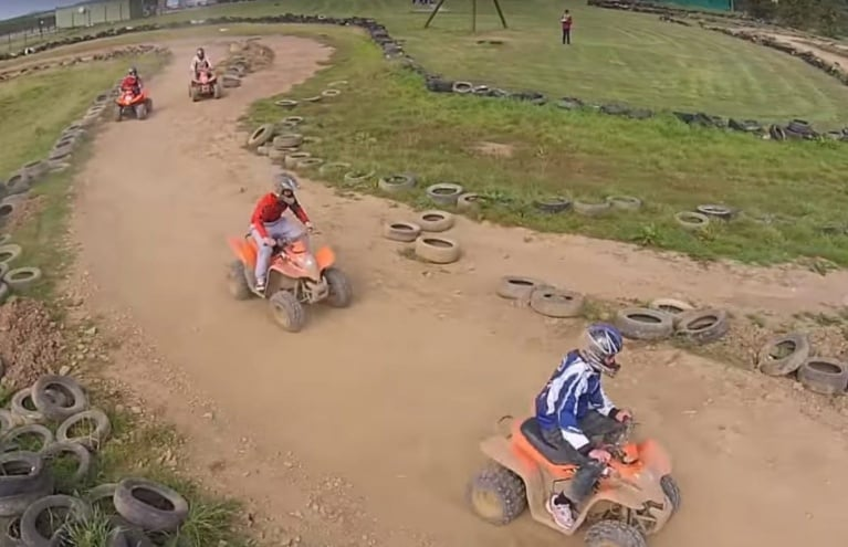 Quad-Bike-Racing-Experience-in-Wales-2.jpg