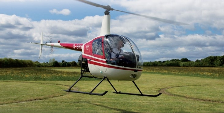 30 Minute R22 Helicopter Trial Lesson in Leeds-1