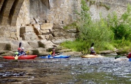River-Canoe-or-Kayaking-Experience-North-Yorkshire-03.jpg