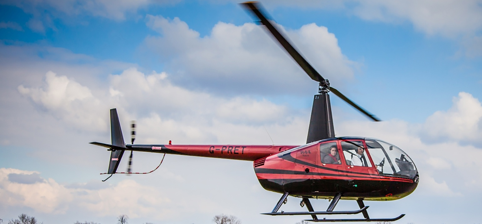Hertfordshire 30 Minute Helicopter Lesson In A R44