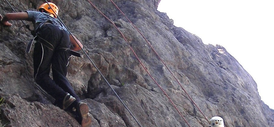 Learn Rock Climbing in Wales-2