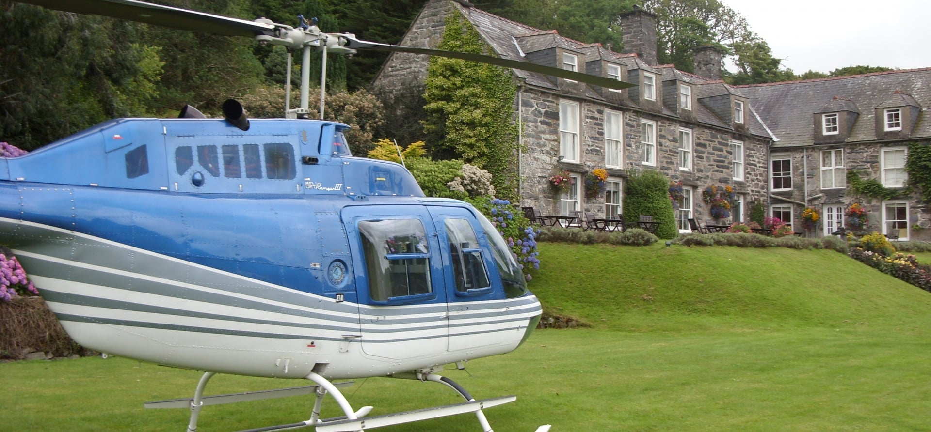 'Magic and Mountains' Snowdonia Helicopter Flight Tour-5