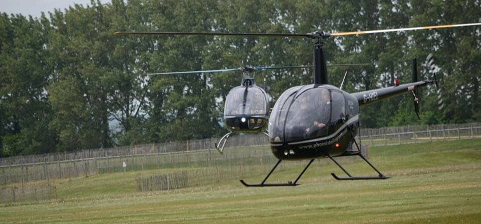 One Hour Solent R22 Helicopter Flying Lesson-1