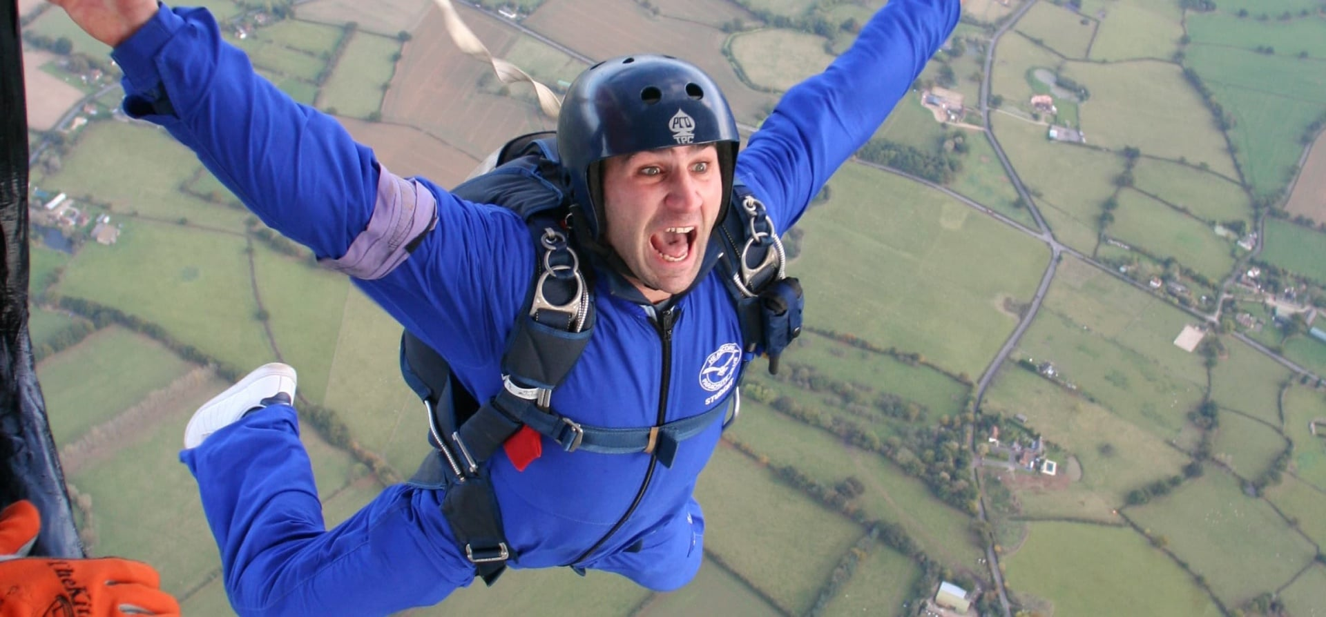 AFF Level 1 Skydiving Course in Kent-1
