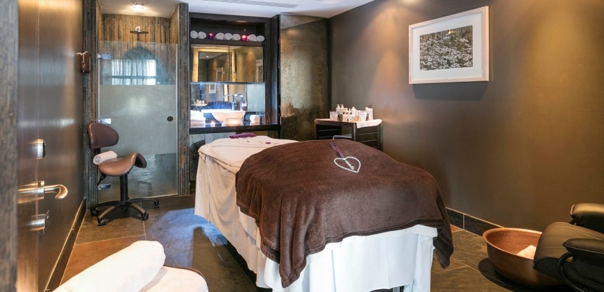 Evening Twilight Spa Experience At Brooklands Hotel In Surrey