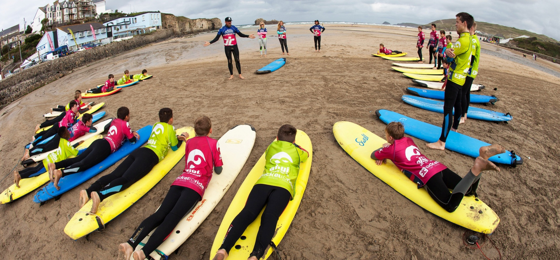 Cake Decorating Classes Northern Beaches : Surfing Lessons in Cornwall, Cornwall Surf School