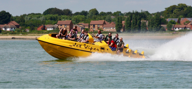 Jet Viper and Thunderbolt Powerboat Experience in Southampton-2