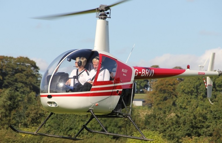 Trial Lesson in a Robinson 22 for 60 Minutes.jpg