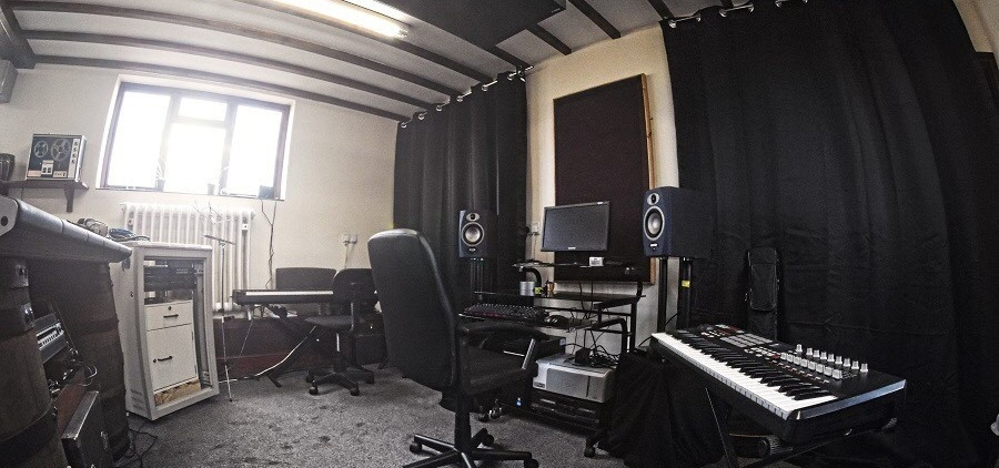 Two Hour Recording Studio Experience in Derbyshire-3