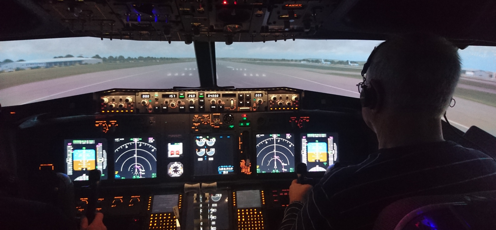 30 Minute Flight Simulator in Leicestershire-4