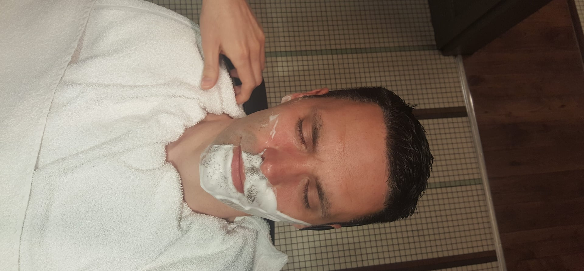 Gentlemen's Wet Shave and Prep Facial in London-8