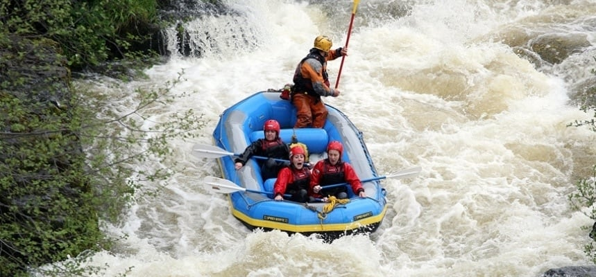 White Water Rafting Experience In Llangollen