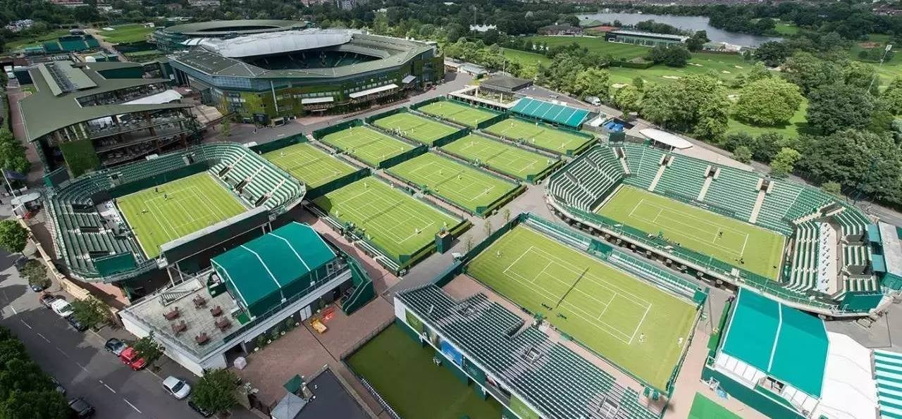 Wimbledon Tennis Tour and Lunch for Two-1