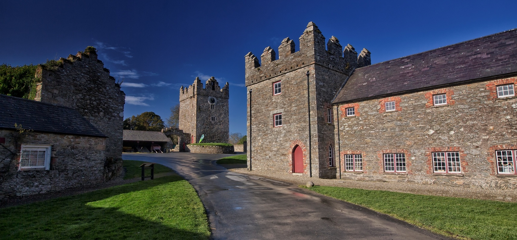 Game Of Thrones Tour with Dire Wolves and Castle Ward - Belfast-9