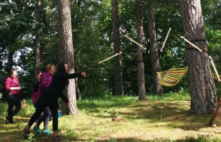 Wooden-Tom-Carving-Courses-Axe-Throwing.JPG