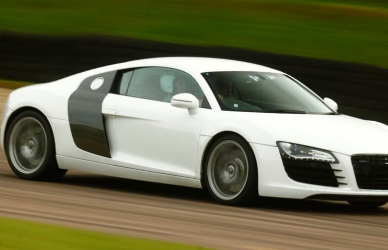 audi-r8-driving-experience-in-york-big.JPG