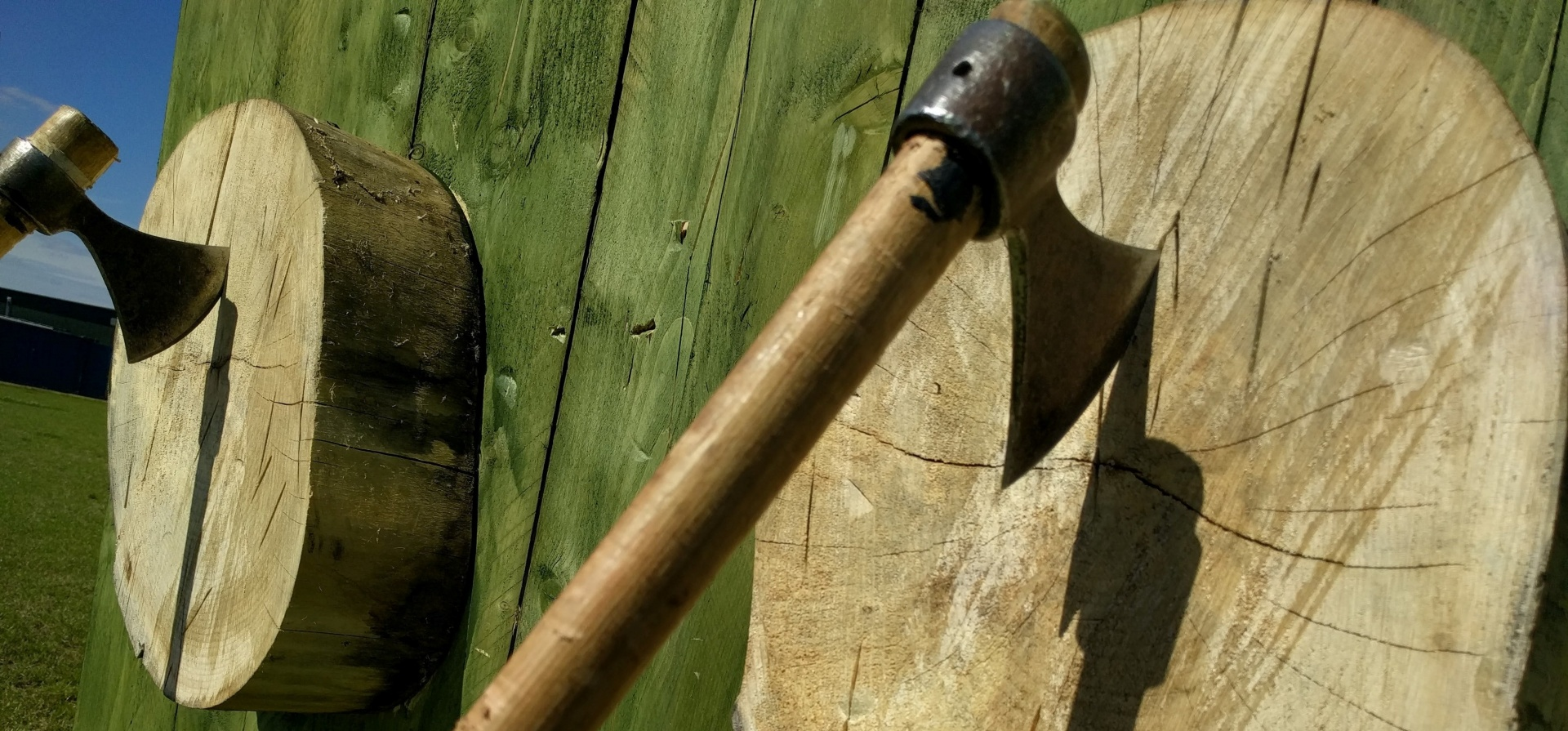 Axe Throwing Experience - Nottinghamshire-5