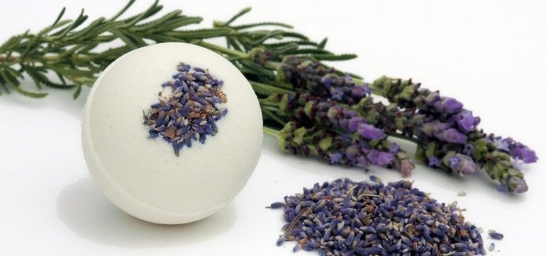 Organic Bath Bomb Workshop In London