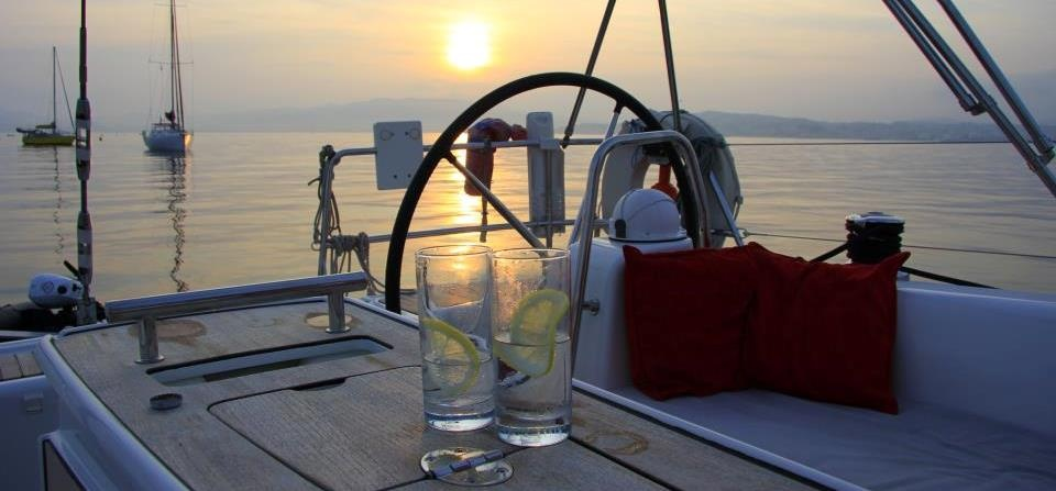 Solent Yacht Sailing Experience With Dinner