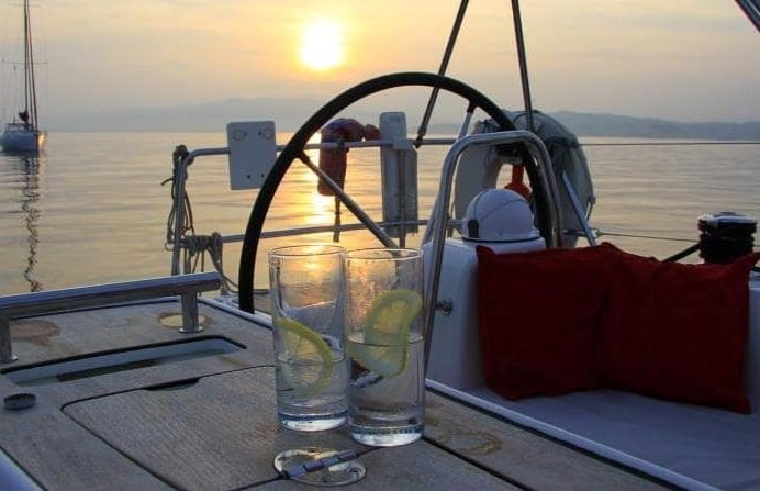 boat-cruise-and-dinner.jpg