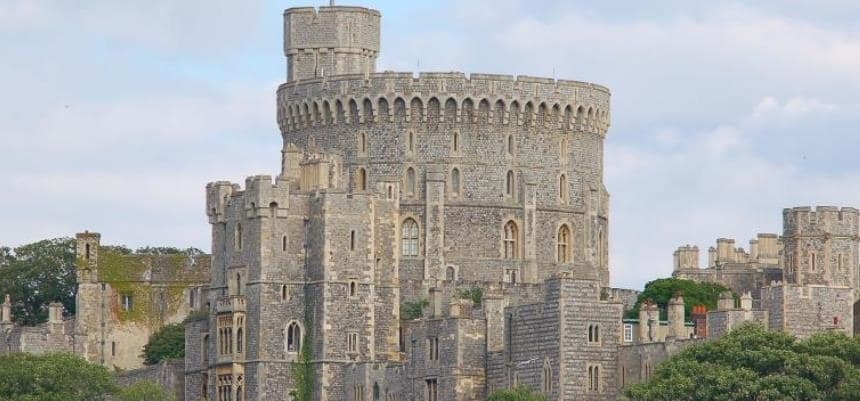 Windsor and Eton Sightseeing Bus Tour for Two-2