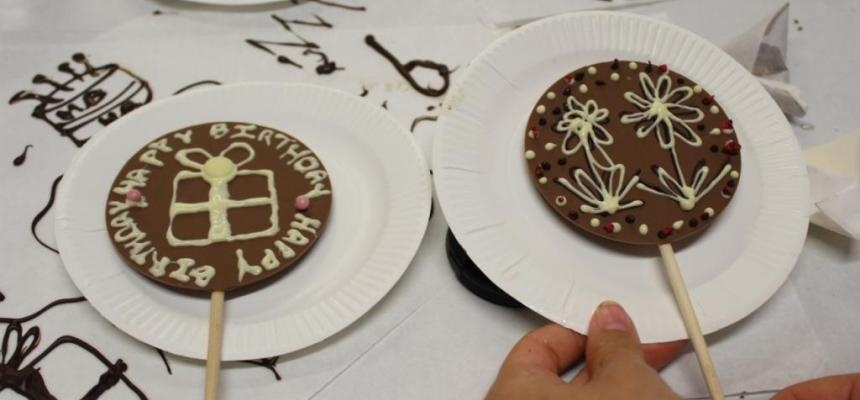 Hampshire Luxury Chocolate Making Workshop for Two-7