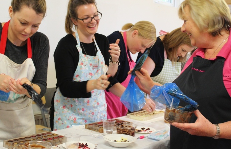 chocolate-making-lesson-winchester.jpg