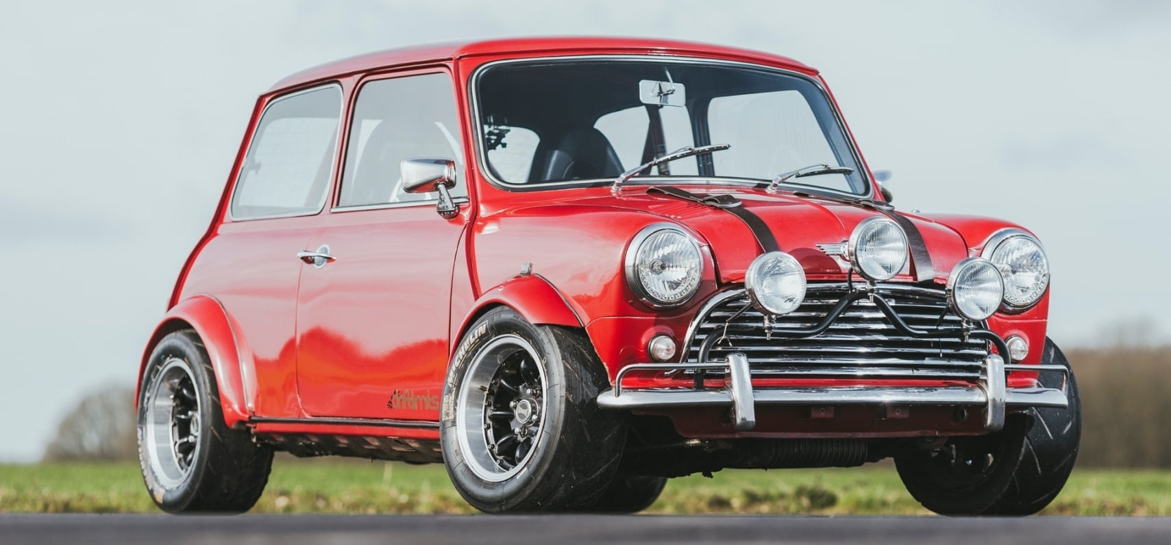 Hertfordshire Classic Mini Cooper 10 Laps Driving Experience