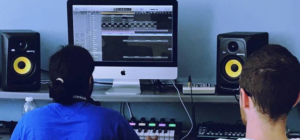 Private DJ or Music Production Experience - London-2
