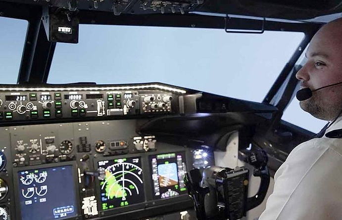 flight-simulator-experience-in-blackpool-with-737-Pro.jpg