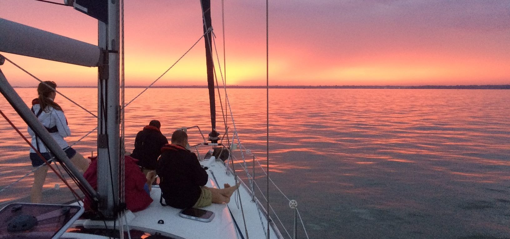 Solent Yacht Sailing Experience with Dinner-4