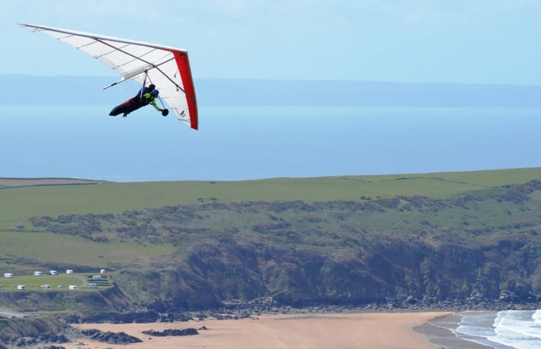 hang-gliding-experience-Devon-big.JPG