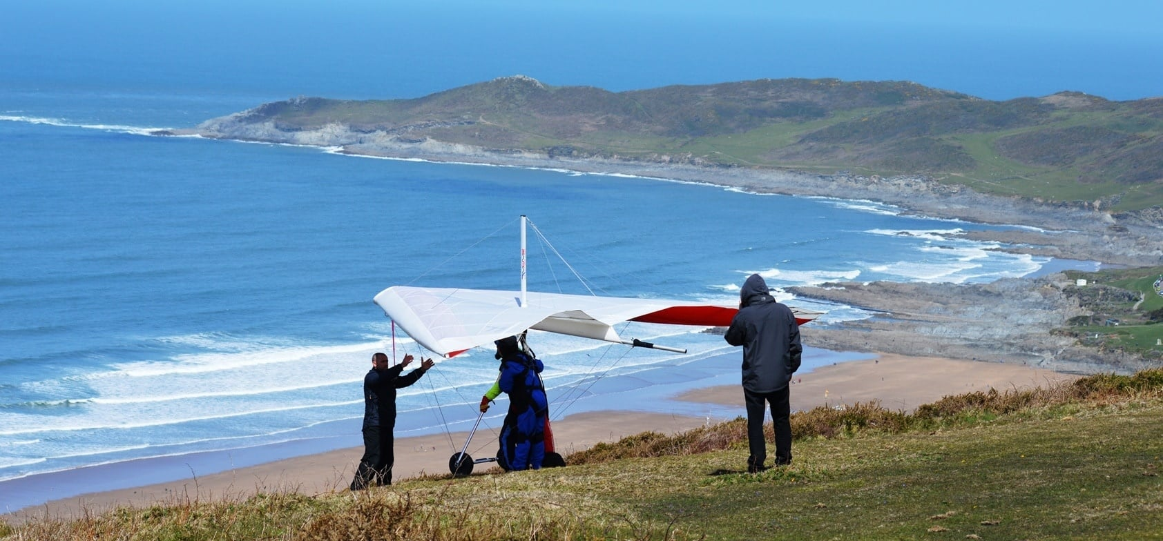 Hang Gliding Experience in Devon-4