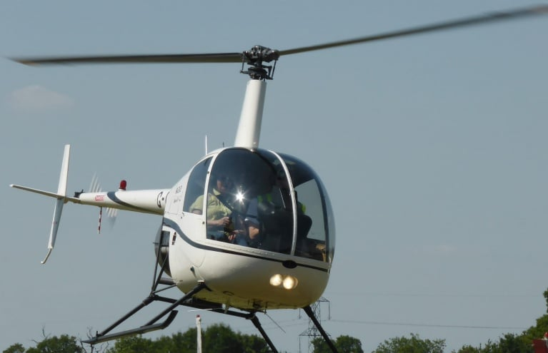 helicopter-flying-lesson-in-hertfordshire.jpg