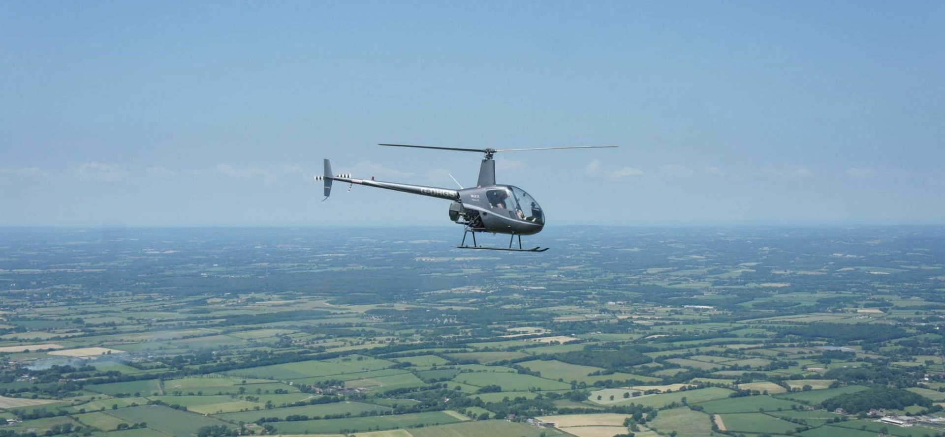 R22 Helicopter Lesson in Hampshire (30 Minute)-3