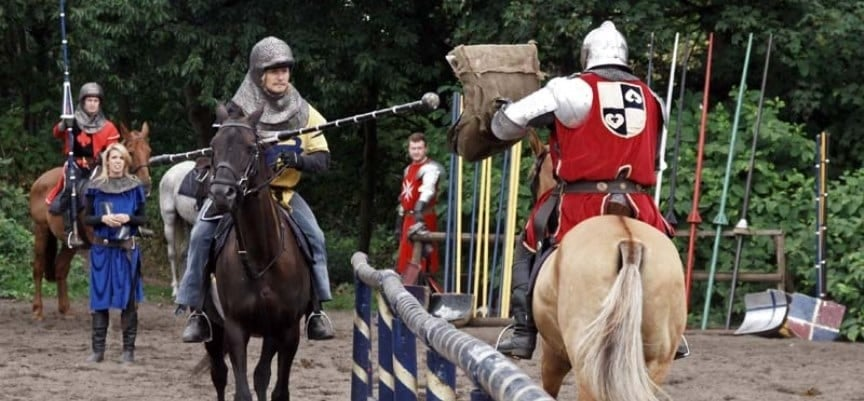 Medieval Jousting Experience Day in Warwick-2
