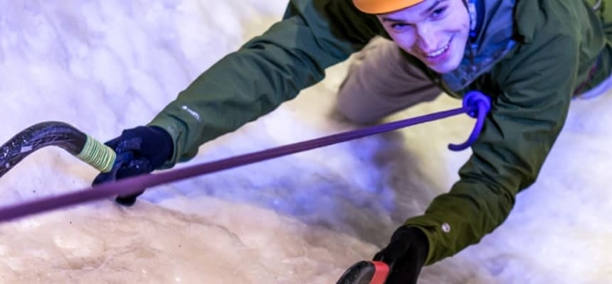 Indoor Ice Climbing Experience in London-4