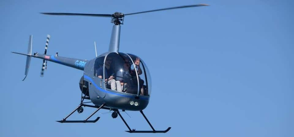 R22 Helicopter Lesson In Hampshire (30 Minute)