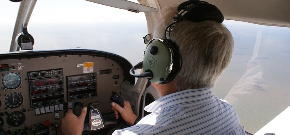 Light Aircraft Flying Lesson in Merseyside (30 Mins)-5
