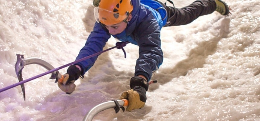 Indoor Ice Climbing Experience in London-3